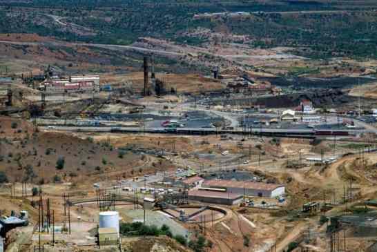 Southern Copper logra luz verde para mina Tía María