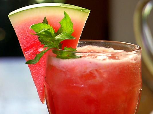 suco-diuretico melancia