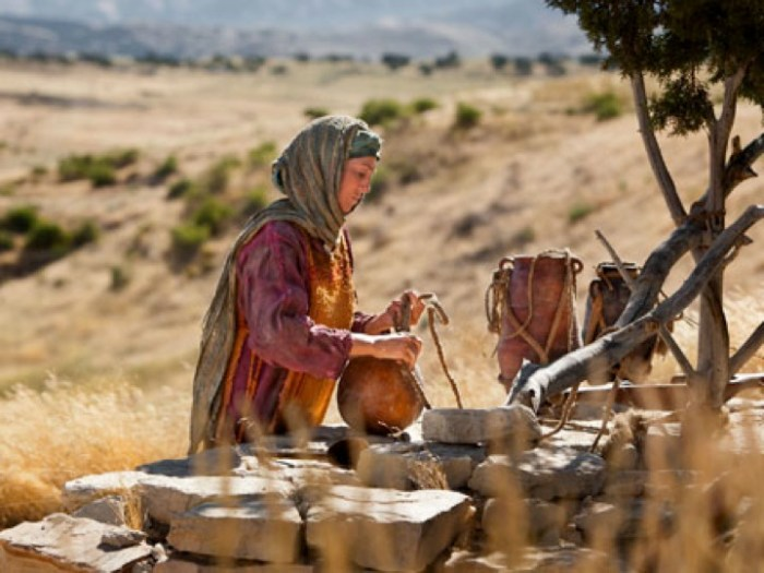 woman-at-well