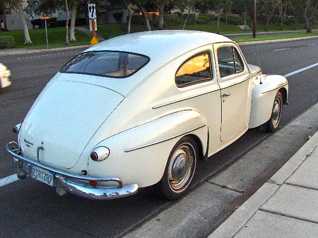 58 Volvo 444
