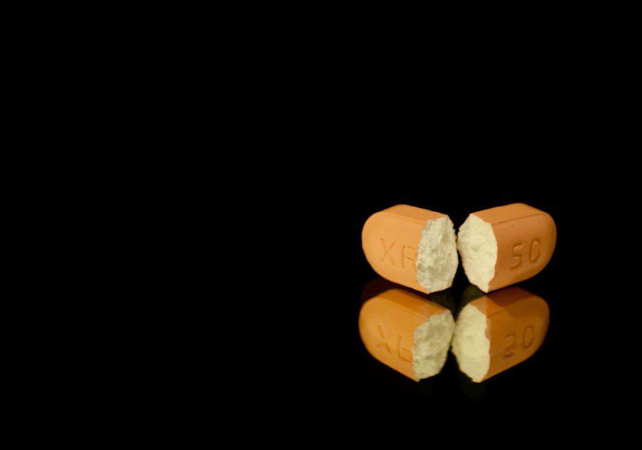 Producir un medicamento en la India cuesta la mitad que hacerlo en Europa. / Derek Gavey