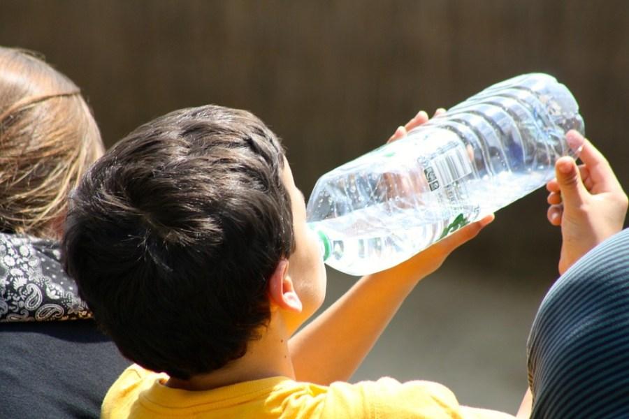 L'escassetat d'aigua potable a partir de 2025 posa en risc la vida de milions de persones. / inkflo