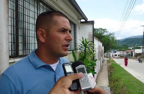 En Puerto Guzmán, fumigan cultivos de plátano, denuncia el alcalde Edison Mora