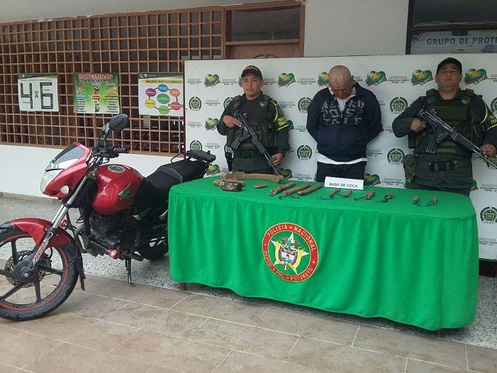Incautada motocicleta con 3mil gramos de base de coca