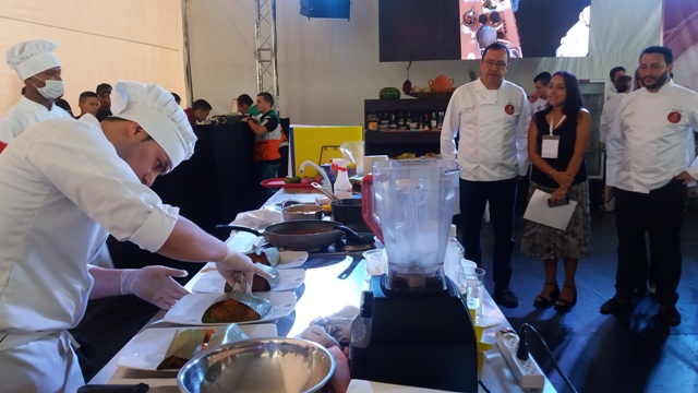 Cocina Gourmet Colombiana recupera comida con sabor a las abuelas
