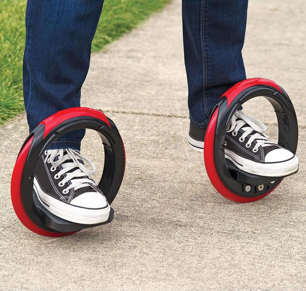 """足に「タイヤ」つけてスイスイ移動する新発想スケート""""Orbitwheel"""""""