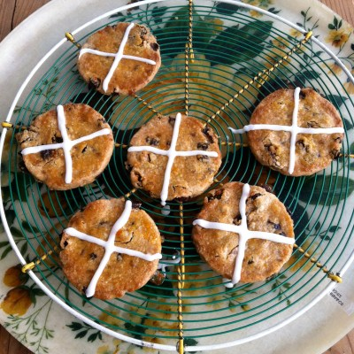 Hot Cross Biscuits
