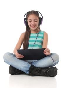 girl-on-multimedia