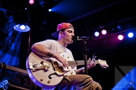 mac miller and guitar