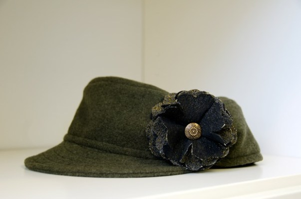 ADS Army green wool shorty cap with hand-made flowers by Tachkova.