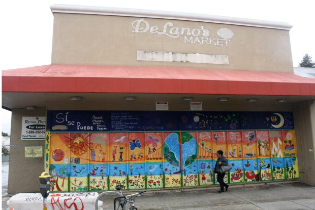 Plans for a new Fresh & Easy on South Van Ness Avenue where a shuttered Delano's currently are being put on hold. Mission Local file photo.