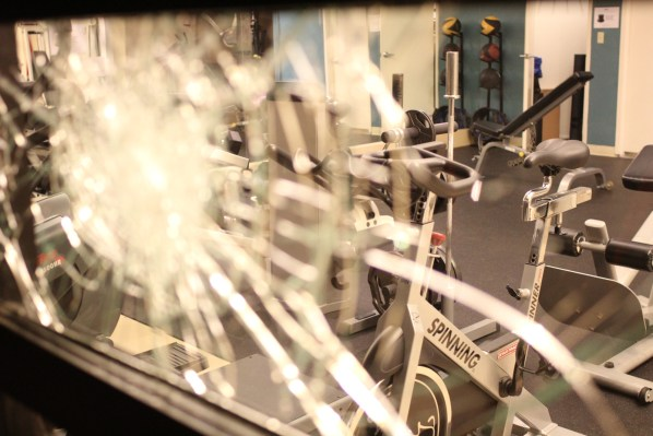 Windows were broken at the Live Fit gym on the 600 block of Valencia St. Friday night. Photo by Mateo Hoke.