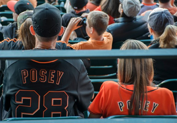 Buster Posey always a hit with the fans. Photo by Lola M. Chavez