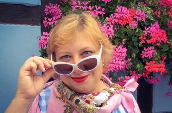 MissKittenheel Alsace Itterswiller babyblue Gingham Check Dress LindyBop Colette 08