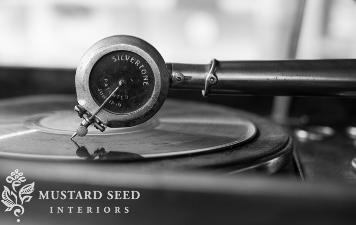 Miss Mustard Seed-9596-3