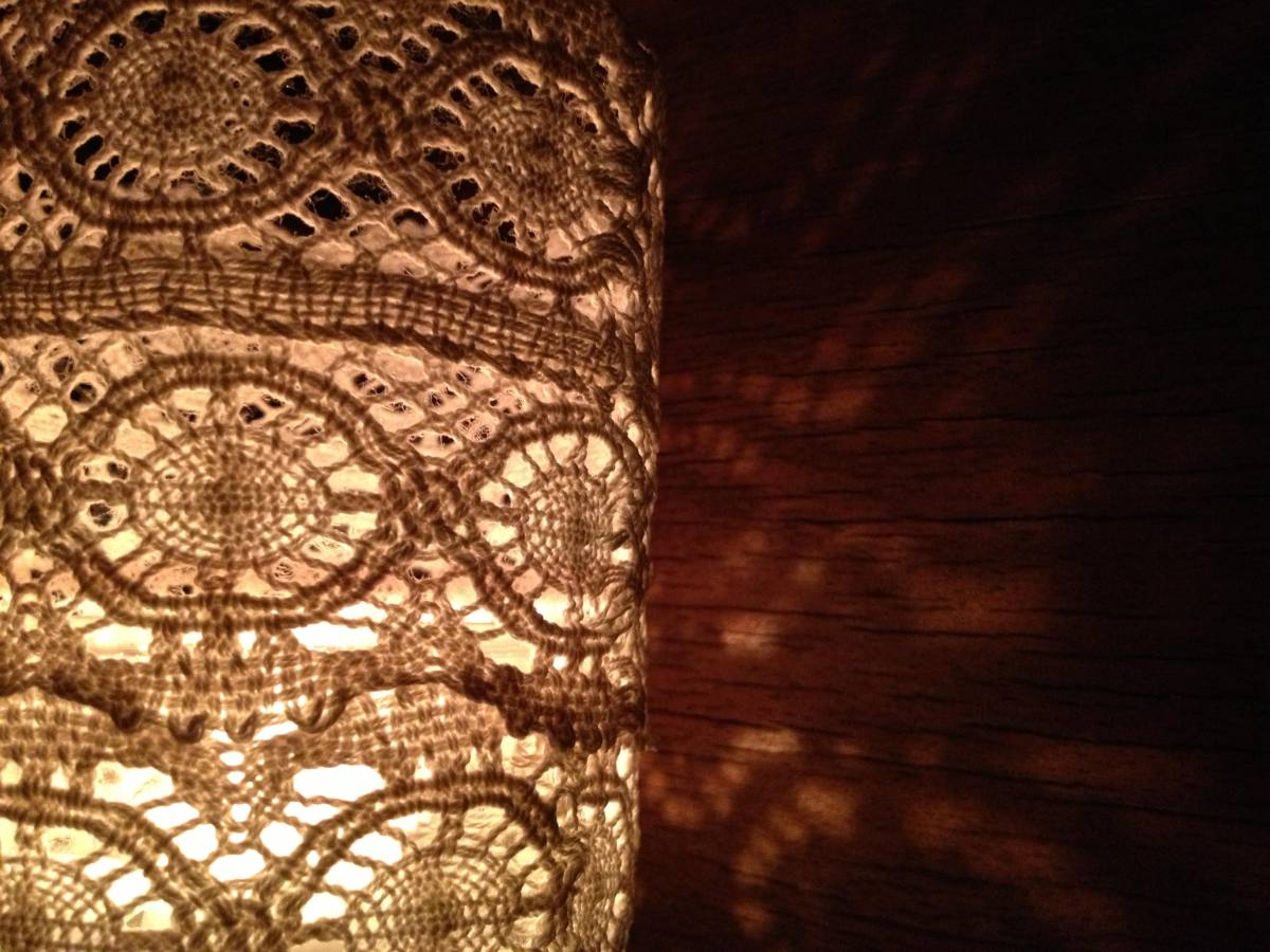 lace lantern spitzen laterne einzeln close