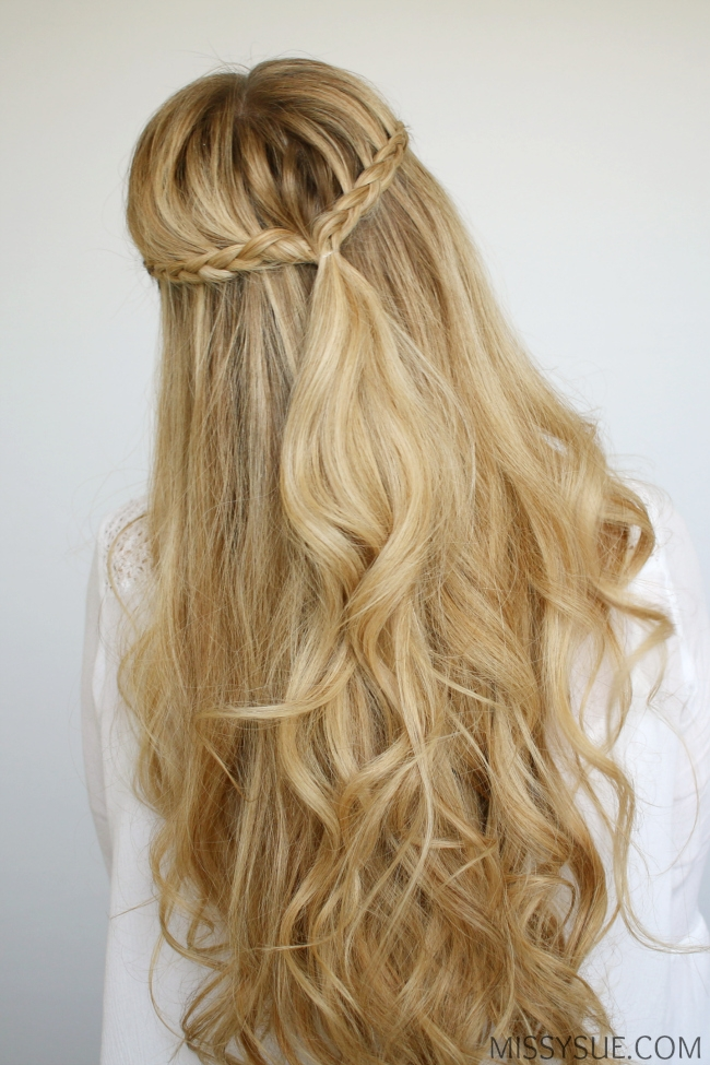 beach-waves-half-up-braids-hairstyle