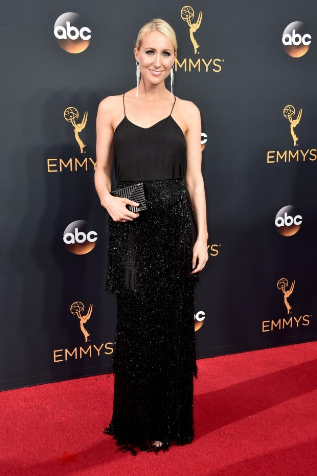 emmy-2016-look-nikki-glaser