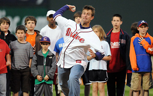 Clemson's Dabo Swinney throws out first pitch (2/2)