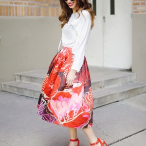 chicwish_bright_floral_skirt_1