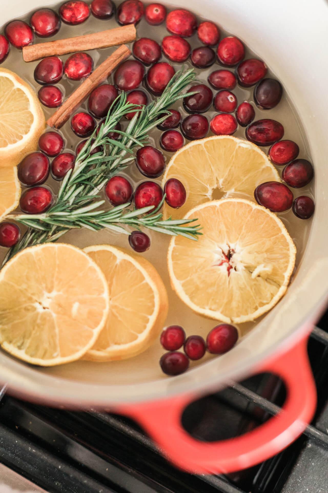 christmas simmering potpourri