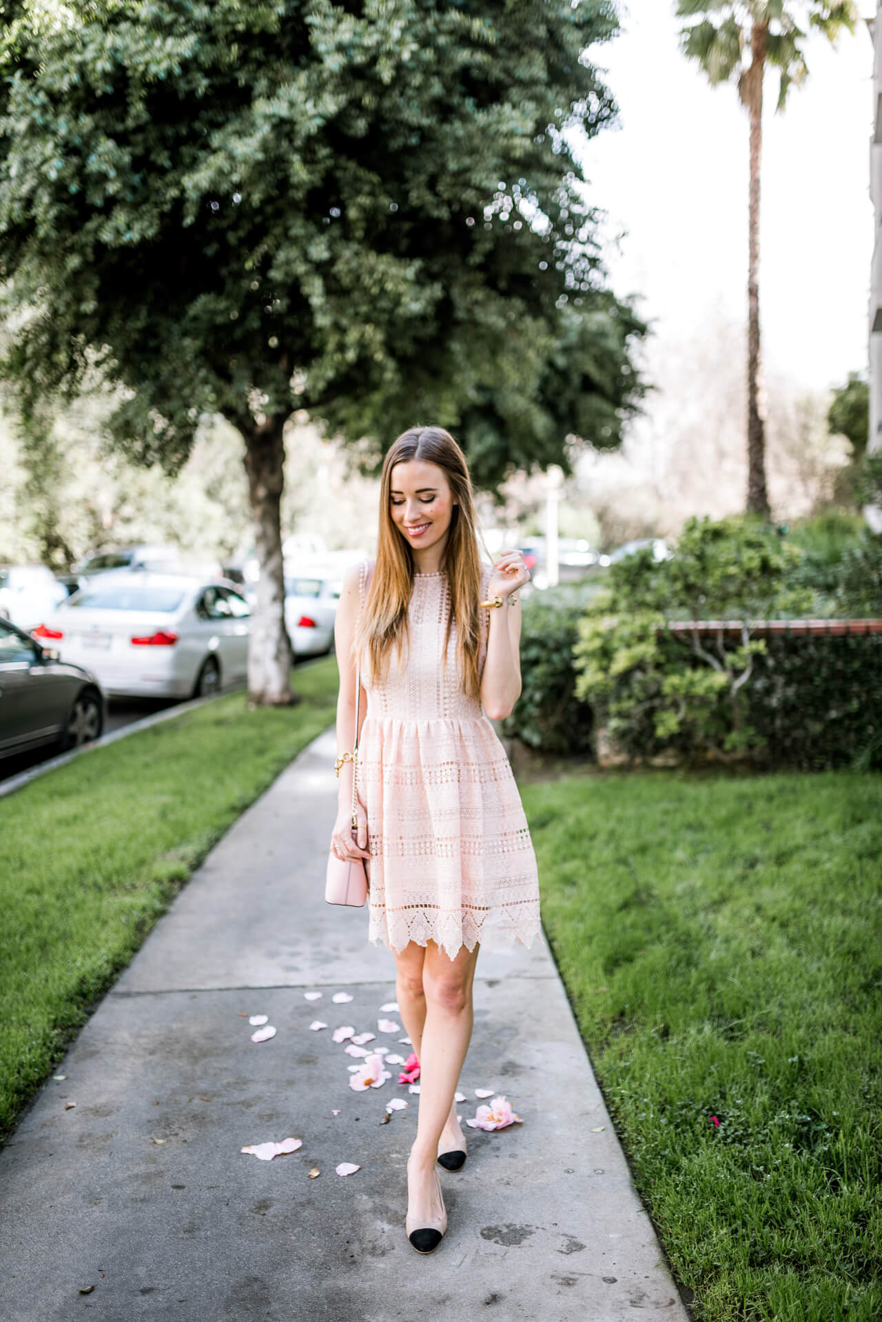 feminine spring outfit inspiration