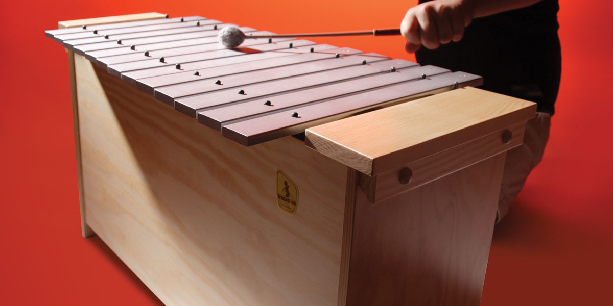 playing-orff-instruments-4