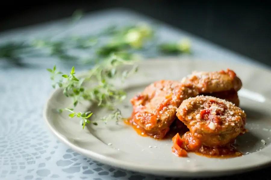 Polędwiczki w sosie pomidorowym