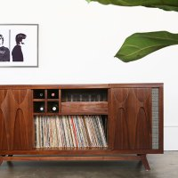 Luno Record & Whiskey Console