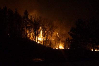 Green-valley-fire-2013-night-fire