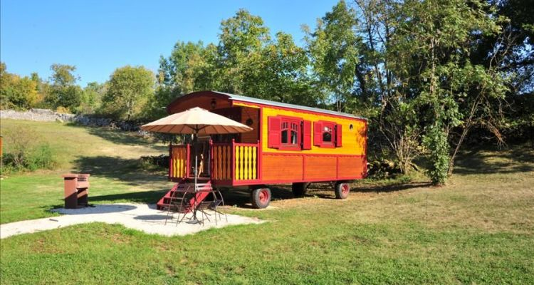 rolling mobile home