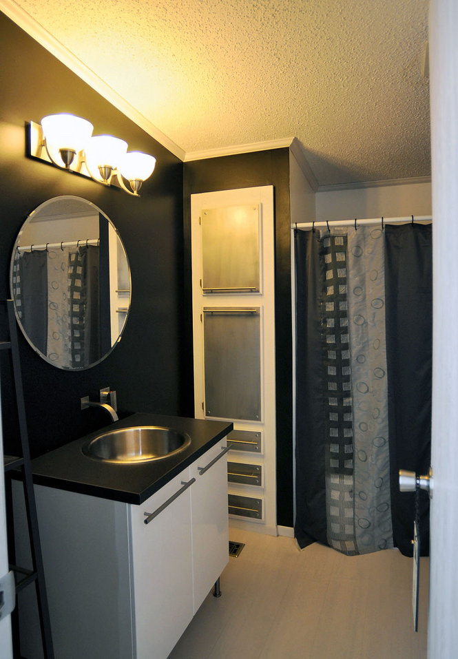 Ny double wide with great manufactured home remodeling ideas mmhl for Mobile home bathroom remodel ideas