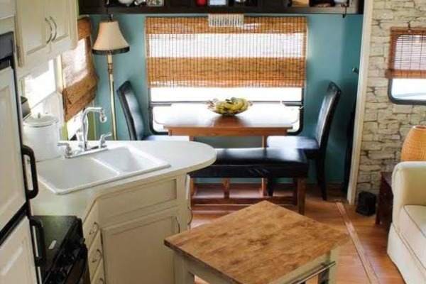 Campers and rvs Travel trailer decorating ideas