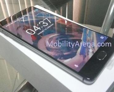 OnePlus 3 angle