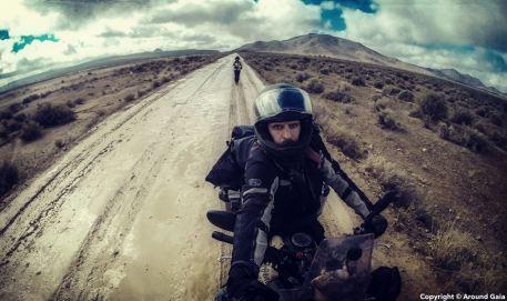 Around-Gaia-dar-la-vuelta-al-mundo-en-moto-11