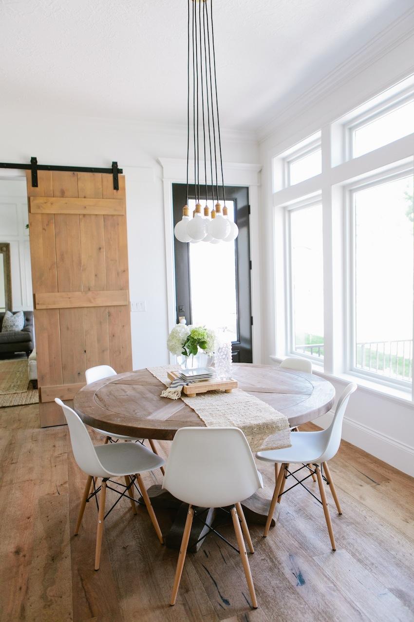 top 10 modern round dining tables modern kitchen tables round dining tables round dining tables Top 10 Modern Round Dining Tables top 10 modern round