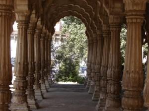 Maha Mandir - Arches