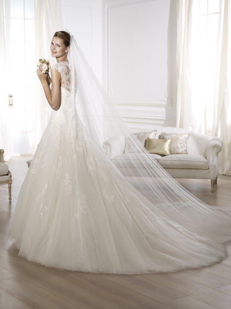 who is the best wedding dress designer best wedding dress bridesmaid dresses auckland