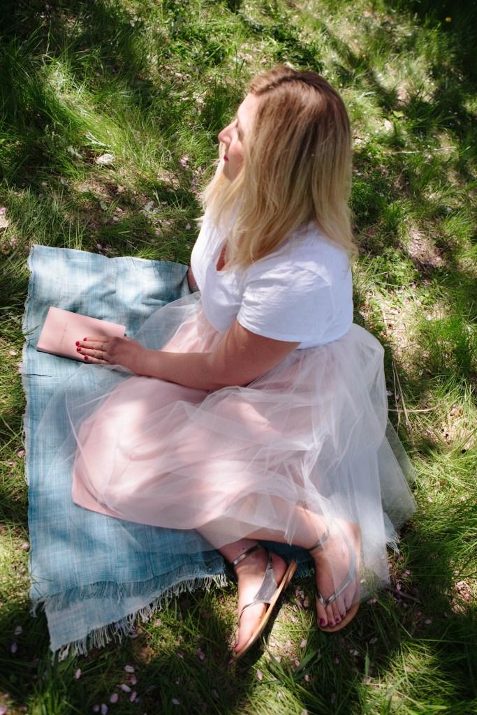 Chantal 6 Ottawa Fashion Blog Curvy Plus-Size photos lincoln fields cherry blossom pink trees