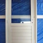 Deurkozijn met deur