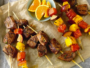 citrus-marinated-beef-fruit-kabobs