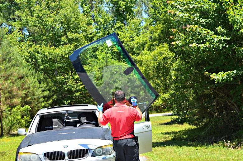 safelite-bmw-beamer-windshield-autoglass-country