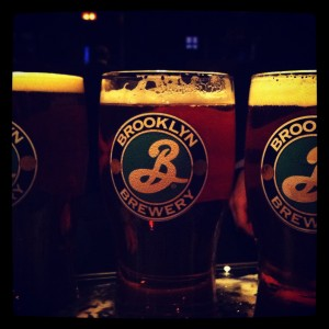 brooklyn lager le glass barman