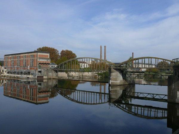 Barrage et usine