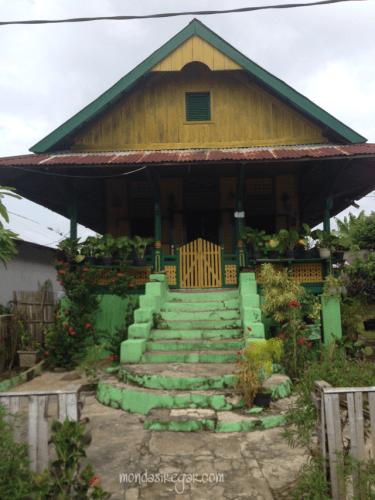 rumah panggung Bengkulu