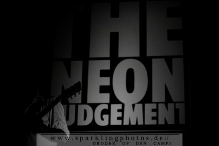 2011-07-31_The_Neon_Judgement_-_Bild_009.jpg
