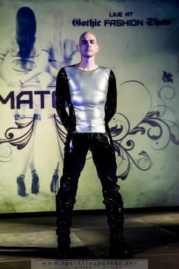2015-08-08_Gothic_Fashion_Show_-_Bild_016.jpg