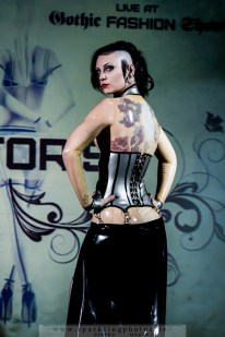 2015-08-08_Gothic_Fashion_Show_-_Bild_023.jpg