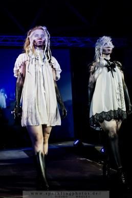 2015-08-08_Gothic_Fashion_Show_-_Bild_028.jpg