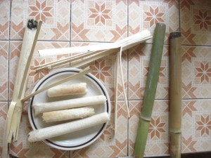 Sticky rice roasted in bamboo